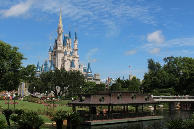 walt-disney-world-239144_1280-min
