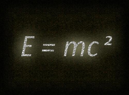 theory-of-relativity-486718_1280 (1)